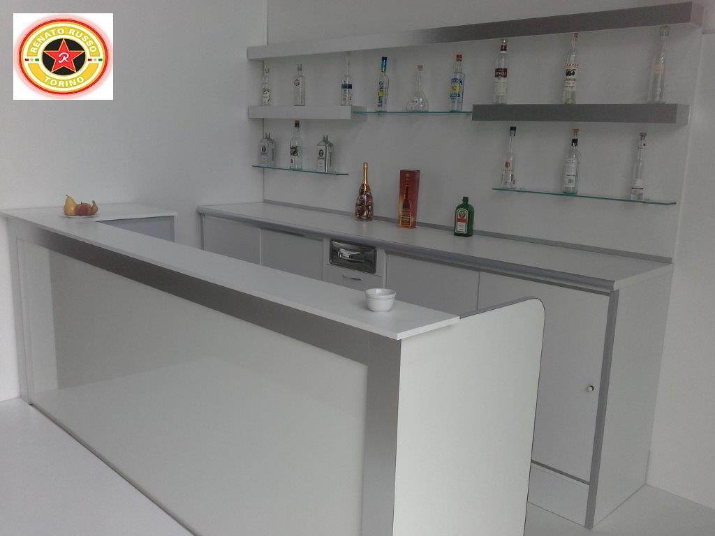 Banchi bar i piu 39 grandi produttori di banchi bar for Usato bancone bar